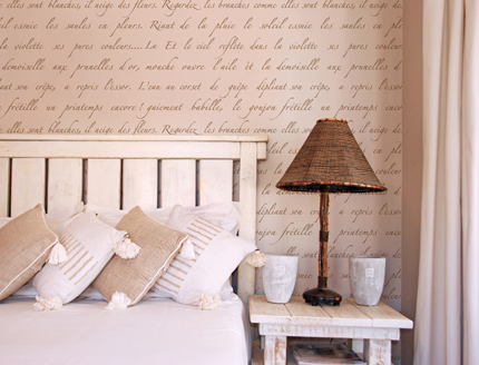 Wall stencil french script paint pattern for Bedroom floor letra
