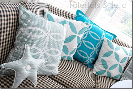Fabric Stenciling: Pillows - Paint + Pattern
