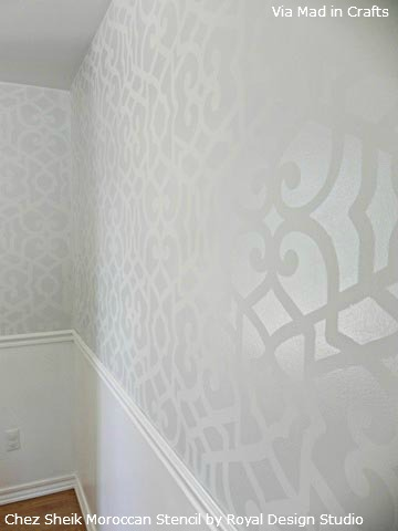 Allover-Moroccan-Stencil-Pattern-on-Wall