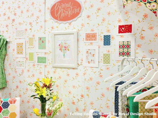 Stenciled_Feature_Wall_with_Falling_Daisies_Stencil_in_Bonnie_Christine_Booth_1