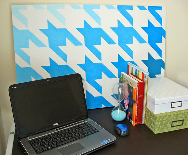 Stenciled Canvas | Houndstooth Wall Stencil by Royal Design Studio