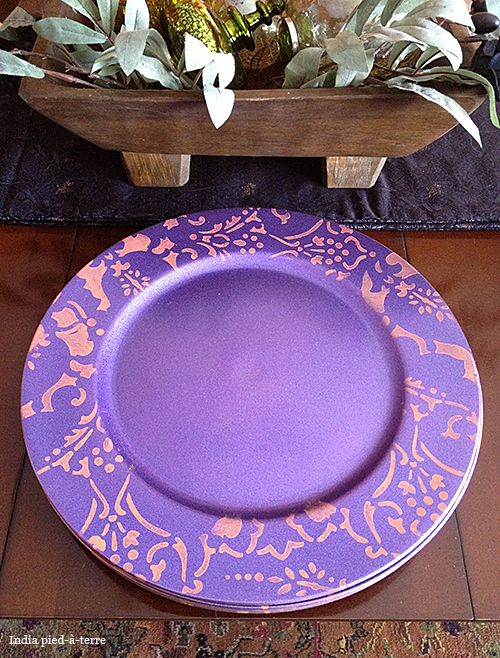 purple-stenciled-plate-chargers Persian Lace border stencil