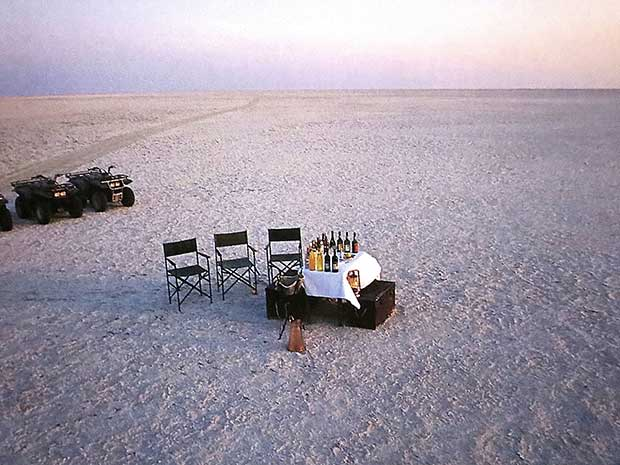 Simply Safari Book - Beach Dinner