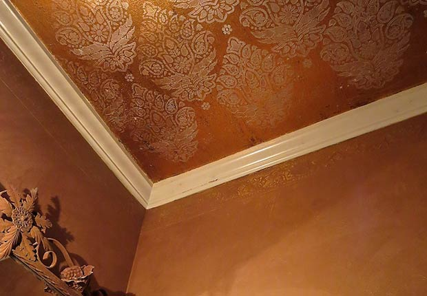 Brightening Up A Bathroom With Ceiling Stenciling Paint