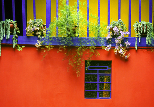 The Cheerful Aesthetic Beauty Of Color Blocking From Latin