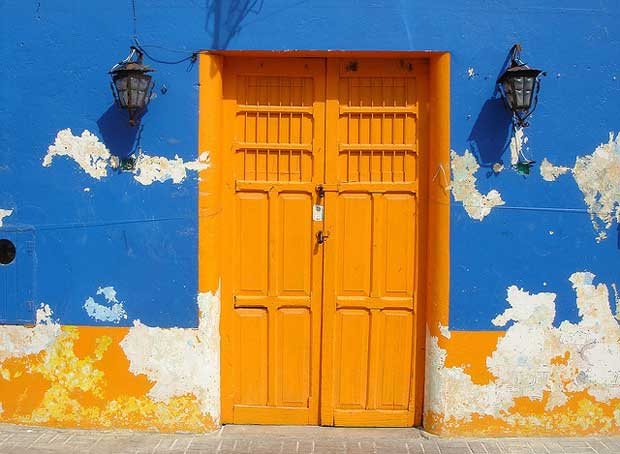 Doors-of-Latin-America-Yellow-Door-Mexico