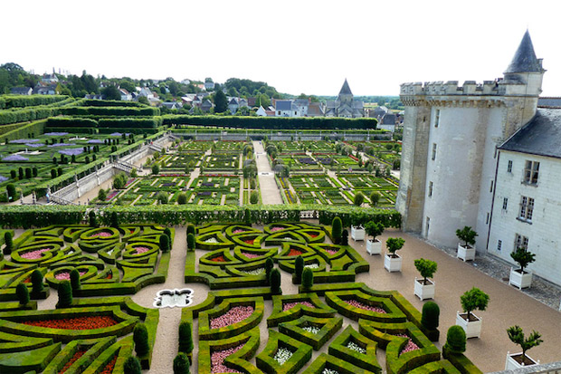 French-Formal-Garden-4