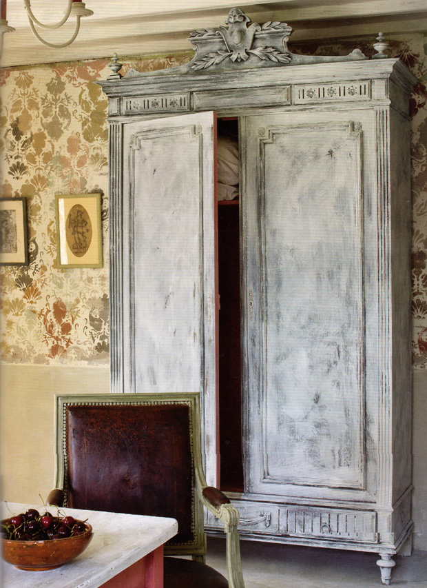Cozy Comforting Country Texture with Chalk Paint® by Annie Sloan | Paint + Pattern