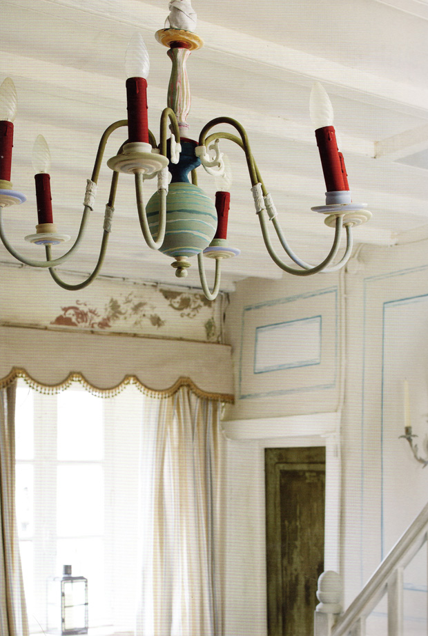 A shiny brass vintage chandelier made pretty with Chalk Paint®  by Annie Sloan | Paint + Pattern