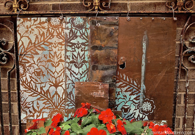 Diy Stenciled Outdoor Metal Artwork Paint Pattern