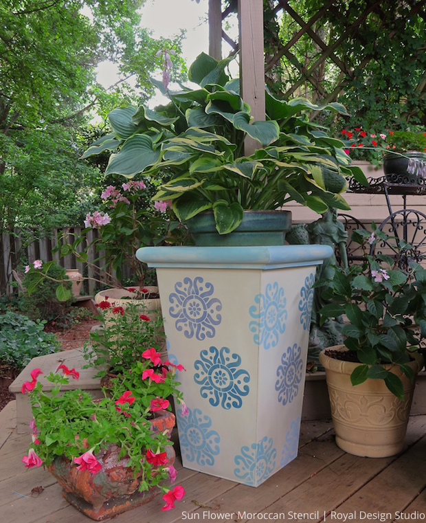 Chalk Paint and Stenciled DIY Outdoor Patio Garden Planters via Paint + Pattern