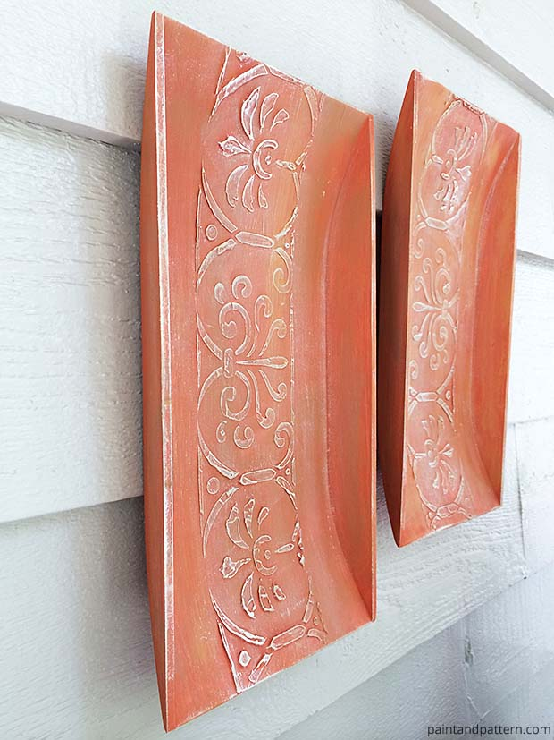 Curved-Panels-like-Terra-Cotta-Roof-Tiles