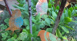 Use Stencils to Create DIY Garden Ornaments