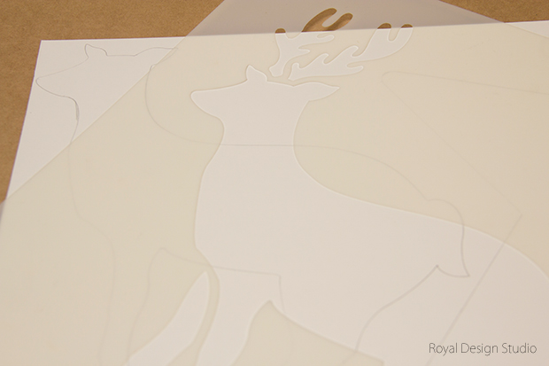 Stencil How to: 3d Christmas Canvas Wall Art | Royal Design Studio