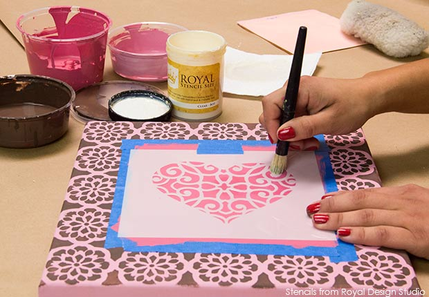 Valentines DIY project with Chalk Paint and stencils from Royal Design Studio