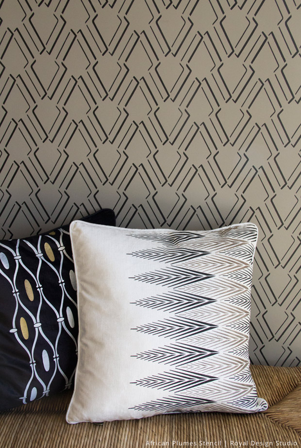 African-Plumes-on-Pillow