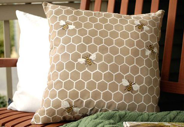 All The Buzz 9 Bee Stencil Projects To Bee Inspired By