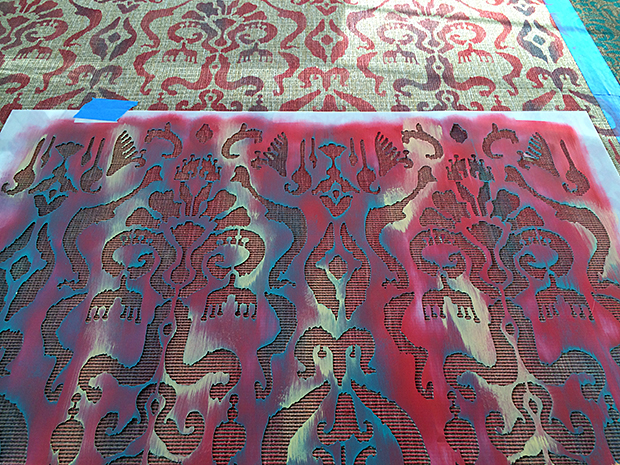 Ikat stencil technique for a stenciled rug from IKEA
