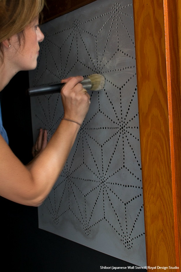 How to Stencil: Tips for Painting a Closet with Royal Design Studio Modern Wall Stencils & Metallic Paint