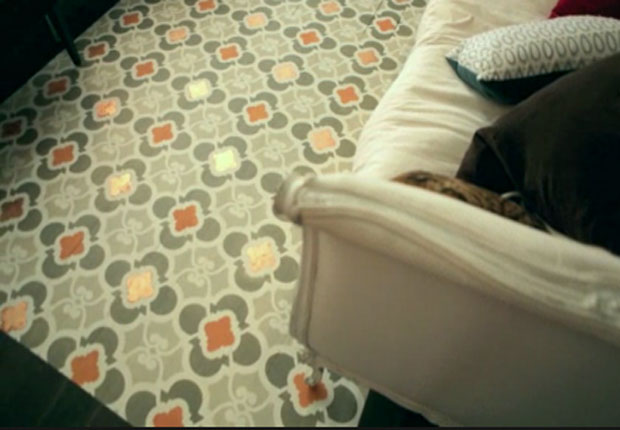 How to Stencil a Hardwood Floor
